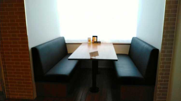 ボックスシート|本と出合うための本屋。「文喫 BUNKITSU」(六本木)