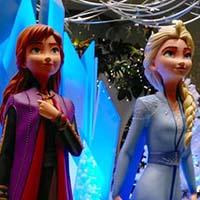 キレイなお姉さんな「アナと雪の女王2」(有楽町マルイ)